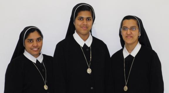 Schwestern in Stuttgart